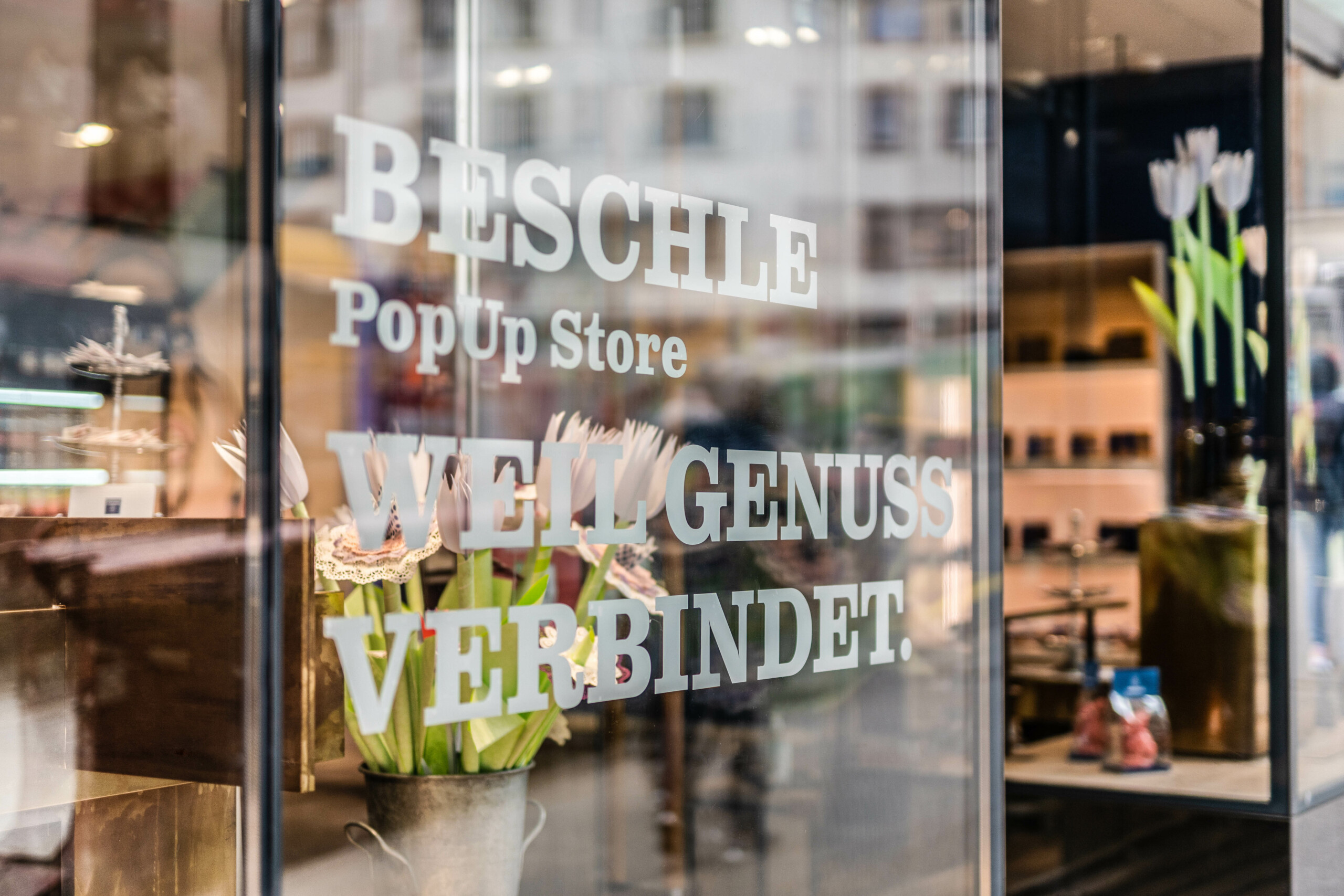 Eingang des Pop Up Stores von Beschle an der Streitgasse in Basel