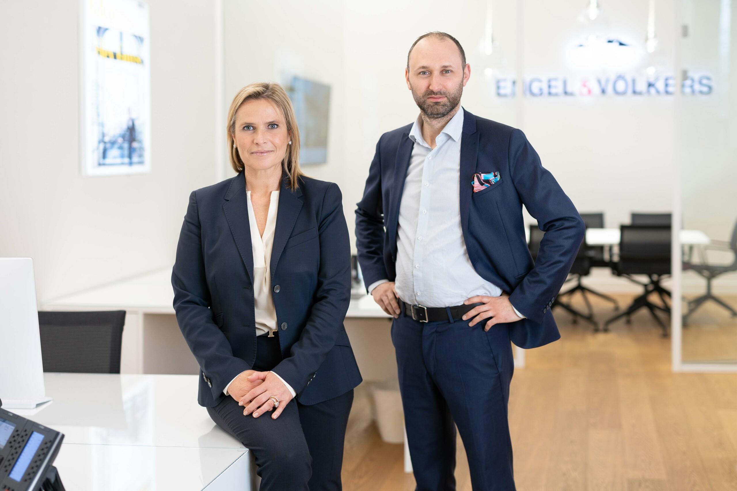 Portraitfoto Team Basel von Engel und Völkers Nordwestschweiz